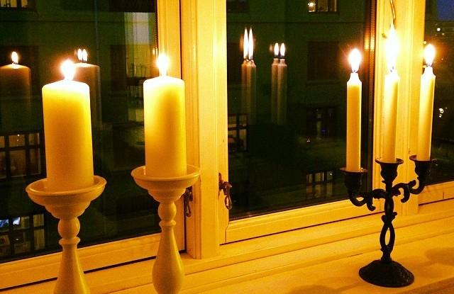 Lys i vinduet d. 4 Maj